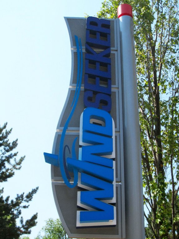 cw-windseeker-sign
